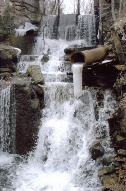 Upper-Mill-Falls-spring